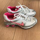 62e5587c22d Tenis Nike Shox Tamanho 34